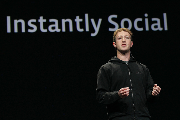 Public Speaker「Facebook Hosts Conference On Future Of Social Technologies」:写真・画像(6)[壁紙.com]
