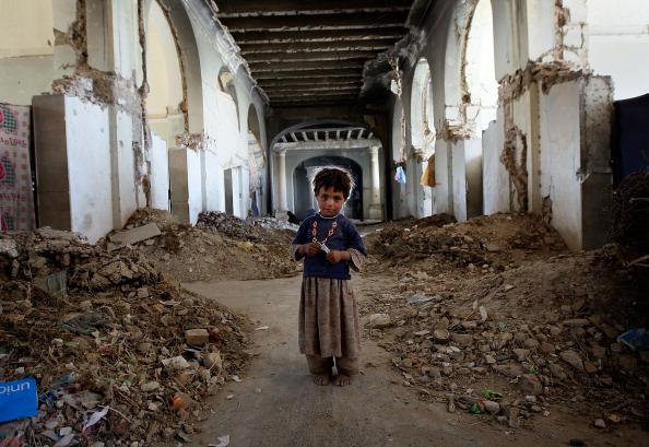 Kabul「Displaced Afghans Camp In Ruins Of Afghan National Palace」:写真・画像(4)[壁紙.com]