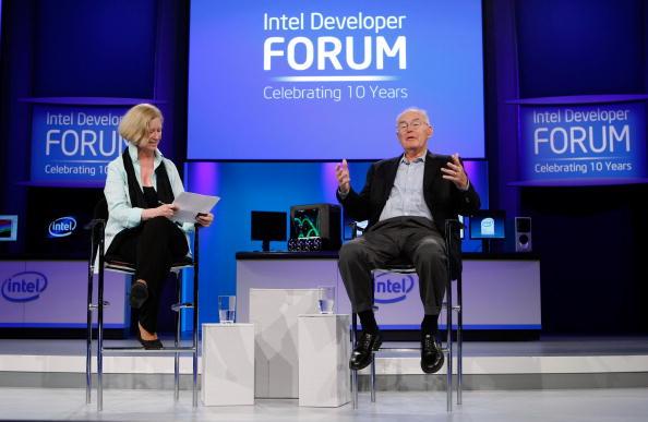 Silicon「Intel CEO Paul Otellini Speaks At Programmers Forum」:写真・画像(13)[壁紙.com]