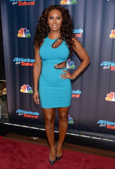 "Form Fitted Dress「""Americas Got Talent"" Season 8 Pre-Show Red Carpet Event」:写真・画像(15)[壁紙.com]"