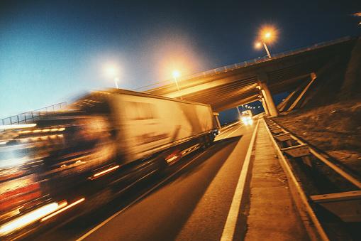 Convoy「Heavy Cargo on the Road」:スマホ壁紙(18)