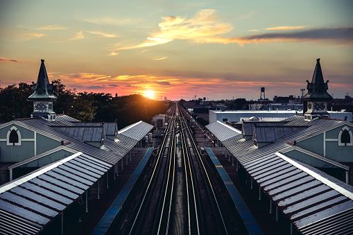 鉄道・列車「アメリカ ・ シカゴの地下鉄の駅」:スマホ壁紙(15)