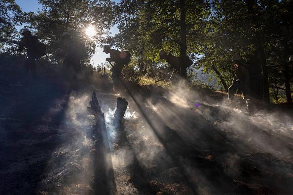San Bernardino National Forest「Apple Fire In Southern California Forces Evacuations」:写真・画像(0)[壁紙.com]