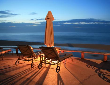 豪華 ビーチ「リゾートの椅子」:スマホ壁紙(0)