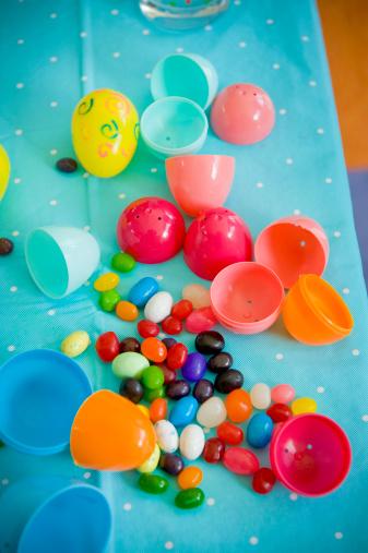 Easter「Easter, jelly beans and plastic eggs」:スマホ壁紙(12)
