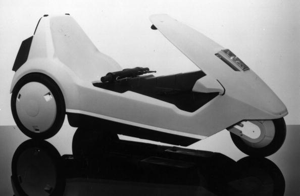 Bizarre Vehicle「The Electric Car」:写真・画像(4)[壁紙.com]