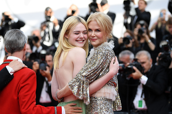 """Elle Fanning「""""How To Talk To Girls At Parties"""" Red Carpet Arrivals - The 70th Annual Cannes Film Festival」:写真・画像(12)[壁紙.com]"""