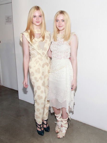 Elle Fanning「Rodarte - Front Row - Spring 2012 Mercedes-Benz Fashion Week」:写真・画像(16)[壁紙.com]