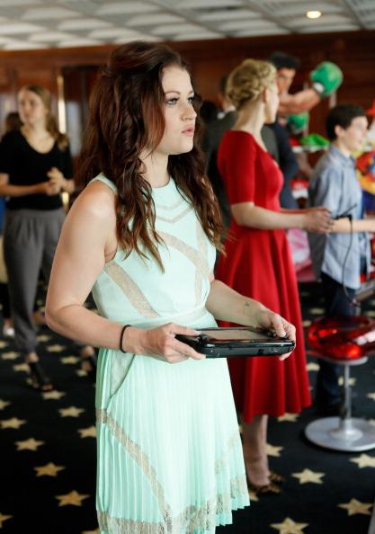 Emilie De Ravin「Nintendo Lounge On The TV Guide Magazine Yacht At Comic-Con #TVGMYacht - Day 3」:写真・画像(2)[壁紙.com]