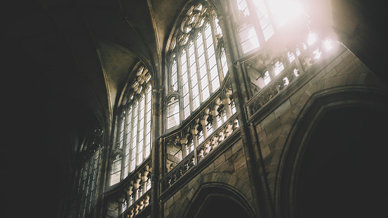 St Vitus's Cathedral「Daylight through the windows of St. Vitus Cathedral at Prague Castle; Prague, Czech Republic」:スマホ壁紙(4)