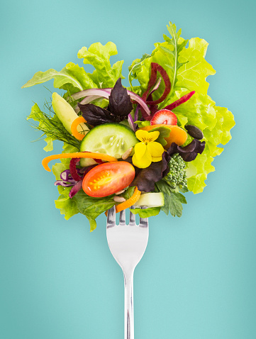 Salad「Fresh salad on a fork.」:スマホ壁紙(11)