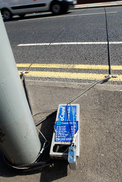 Dividing Line - Road Marking「Vehicle survey recorder, Ipswich, Suffolk, UK」:写真・画像(14)[壁紙.com]