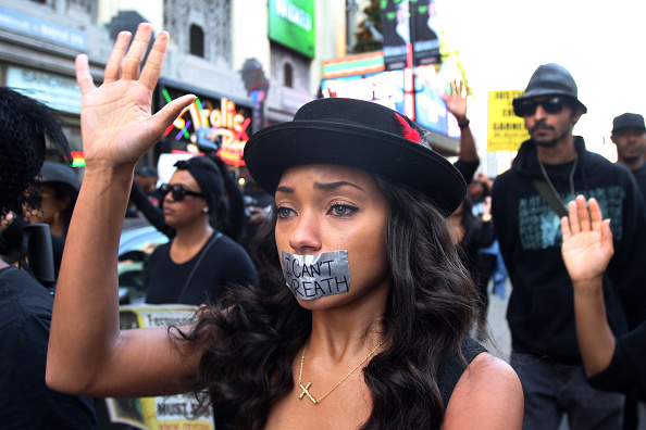 Social Issues「Demonstrations Over Recent Grand Jury Decisions In Police Shooting Deaths Continue」:写真・画像(3)[壁紙.com]