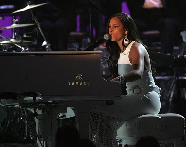 Strap「The 47th Annual Grammy Awards - Show」:写真・画像(15)[壁紙.com]