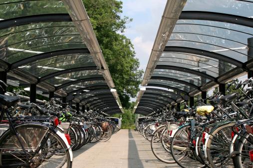 Windbreak「Parking for bicycles # 1」:スマホ壁紙(13)