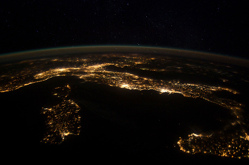 Planet Earth「Nighttime panorama showing city lights of Europe.」:スマホ壁紙(11)