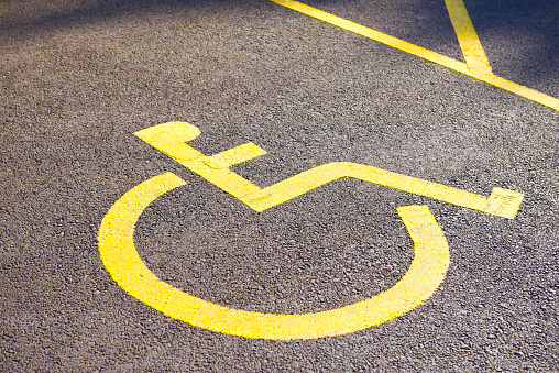 A Helping Hand「Yellow disabled parking bay」:スマホ壁紙(19)