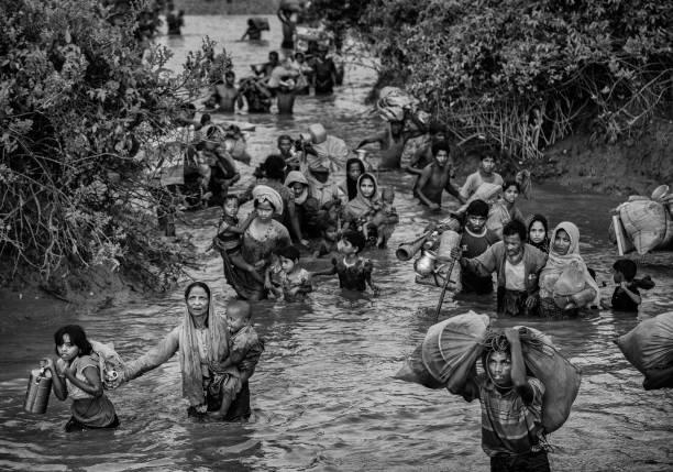 Bangladesh「Rohingya Refugees Flee Into Bangladesh to Escape Ethnic Cleansing」:写真・画像(19)[壁紙.com]
