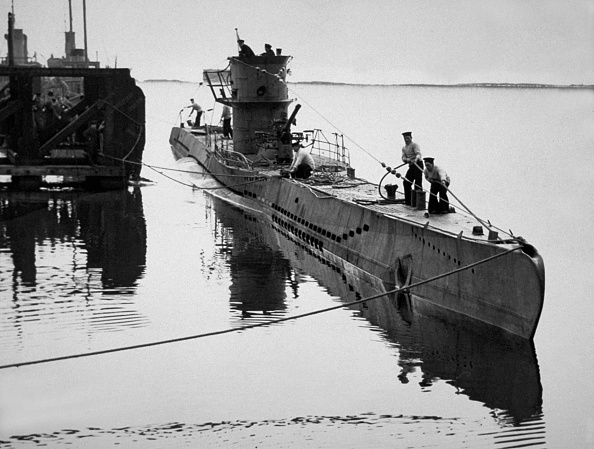 Surrendering「U-Boat U-570」:写真・画像(13)[壁紙.com]