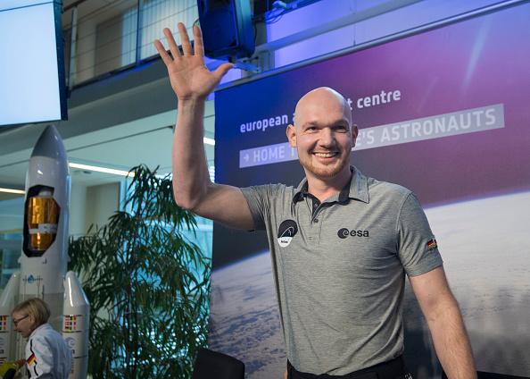 Incidental People「Alexander Gerst Holds Press Conference After 197 Days In Space」:写真・画像(4)[壁紙.com]