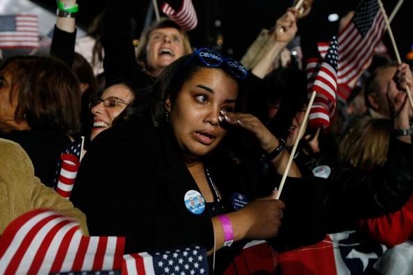 夜景「Barack Obama Holds Election Night Gathering In Chicago's Grant Park」:写真・画像(11)[壁紙.com]