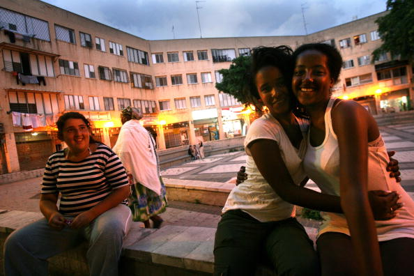 Town Square「Remaining Ethiopian Jews To Be Settled In Israel」:写真・画像(18)[壁紙.com]