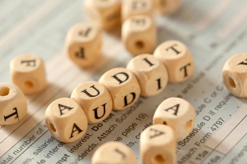 Audit「Tax time」:スマホ壁紙(2)