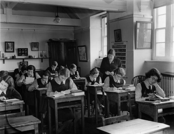 ������ ������「History Teacher」:写真・画像(0)[壁紙.com]