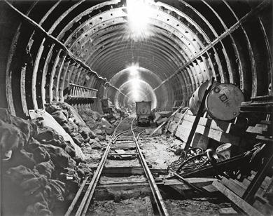 Construction Industry「Victoria Line Construction」:写真・画像(13)[壁紙.com]