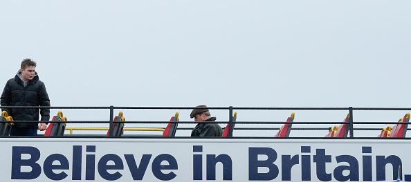 全景「Nigel Farage Launches The Pro-Brexit March To Leave From Sunderland」:写真・画像(14)[壁紙.com]