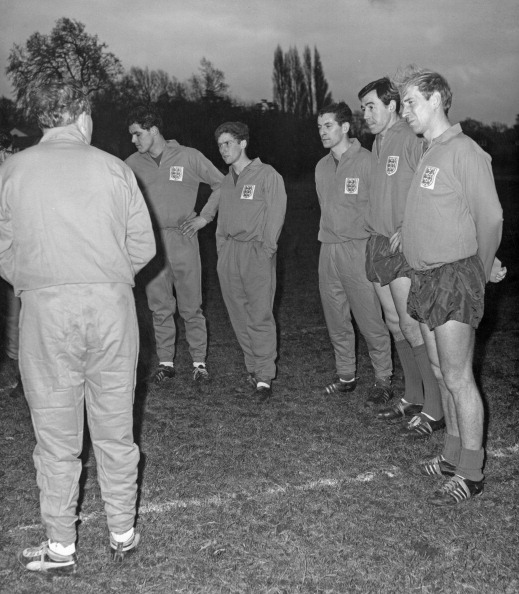 Douglas Miller「Ramsey And England Squad」:写真・画像(8)[壁紙.com]