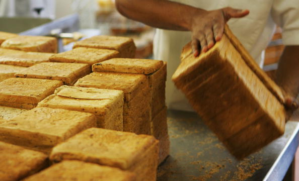 Loaf of Bread「Bakeries Feel The Pinch With Rising Costs Of Wheat」:写真・画像(7)[壁紙.com]
