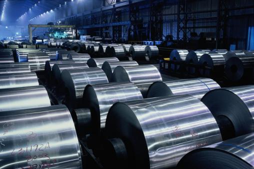 Mill「Large rolls of sheet aluminium stored on factory floor」:スマホ壁紙(13)