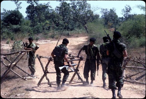 タイ王国「Border Barricade」:写真・画像(17)[壁紙.com]