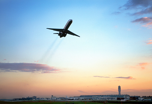 Commercial Airplane「Aeroplane taking off from airport, low angle view, dusk」:スマホ壁紙(5)
