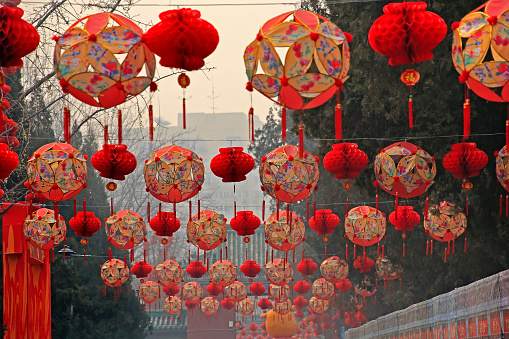 お祭り「Red lanterns during Chinese New Year, Ditan Park, Beijing, China」:スマホ壁紙(14)