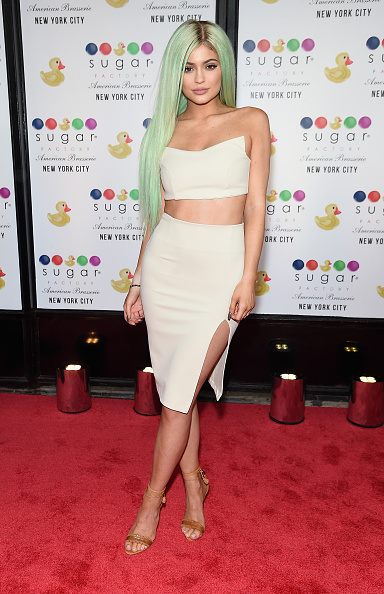 Green Color「Sugar Factory American Brasserie Grand Opening Hosted By Kylie Jenner」:写真・画像(14)[壁紙.com]