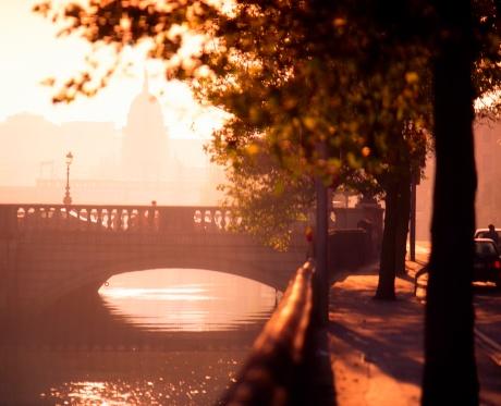 Boulevard「Dublin City, O'Connell Street Bridge and Quays, Ireland」:スマホ壁紙(5)