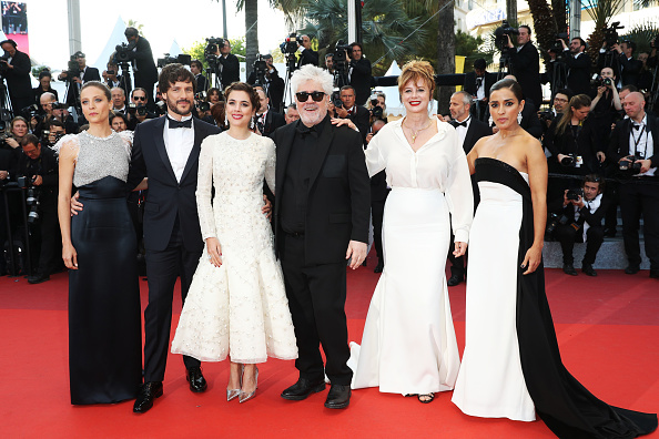 "Beige「""Julieta"" - Red Carpet Arrivals - The 69th Annual Cannes Film Festival」:写真・画像(14)[壁紙.com]"