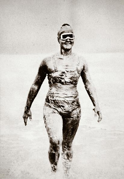 水着「Gertrude Ederle American Swimmer 1926」:写真・画像(12)[壁紙.com]