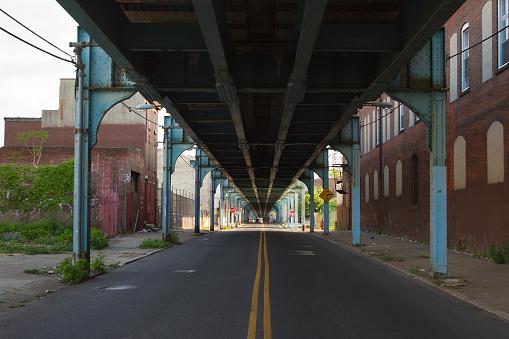 Pennsylvania「Under the El Train in Philadelphia」:スマホ壁紙(1)