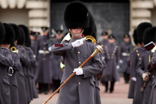 Participant「The Grenadier Guards Take Part In Their Ceremonial Duties」:写真・画像(19)[壁紙.com]