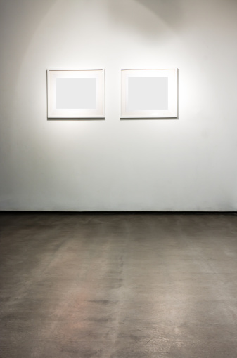Exhibition「Blank frames on the wall at art gallery」:スマホ壁紙(15)