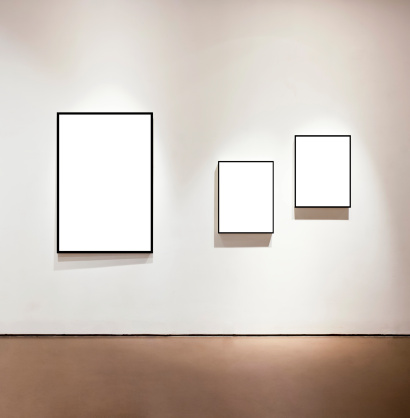 Black Color「Blank frames on the wall at art gallery」:スマホ壁紙(4)
