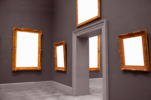Picture Frame「Blank framed paintings in museum.」:スマホ壁紙(4)