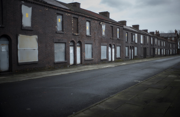 Waiting「2015 General Election - Life In The North Of England」:写真・画像(6)[壁紙.com]