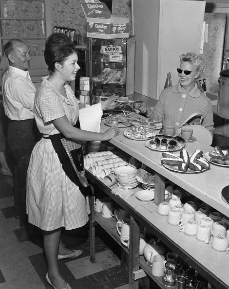 Waitress「Tearooms」:写真・画像(19)[壁紙.com]