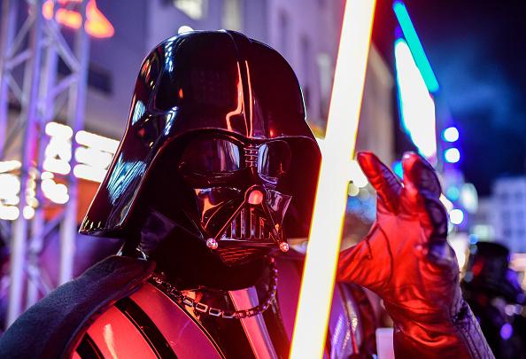 """Darth Vader「European Premiere of """"Star Wars: The Rise of Skywalker""""」:写真・画像(2)[壁紙.com]"""