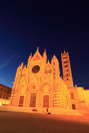 Duomo Di Siena「Night View of Siena Cathedral, Siena, Tuscany, Italy」:スマホ壁紙(16)