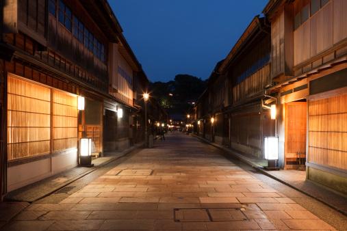 Japan「Night View of Higashi Chaya District, Kanazawa, Ishikawa, Japan」:スマホ壁紙(2)